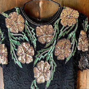Dresses & Skirts - GORG! Vintage sequin cocktail dress ❤️